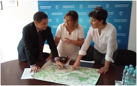 Wójt Gminy Lubiszyn na spotkaniu samorządowców wsprawie dróg  wpowiecie